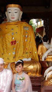 ミャンマーのモデル