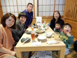 社長の家族と夕食を