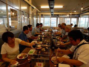 ら・ら・ミュウの海鮮焼きで昼食