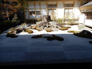 瑞巌寺の枯山水庭園
