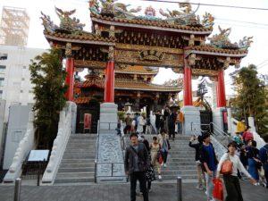 中華街の中国風の寺