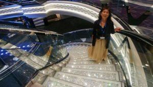 スワロフスキーの階段で