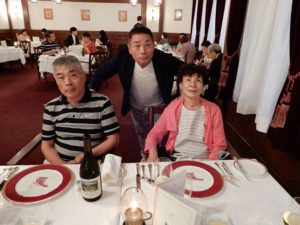 洋食のディナー