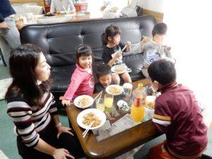 誕生日に集まって昼食