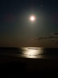 四倉海岸の月明かり